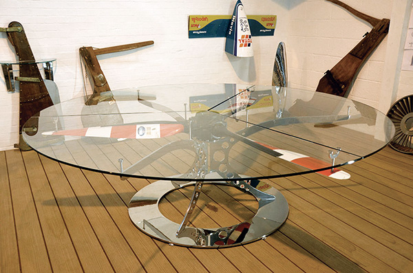 De Haviland Propeller Table