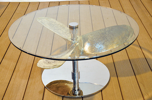 ships-propeller-coffee-table-round-top