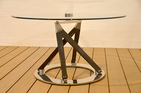 CP0000 Red Bull wishbone table